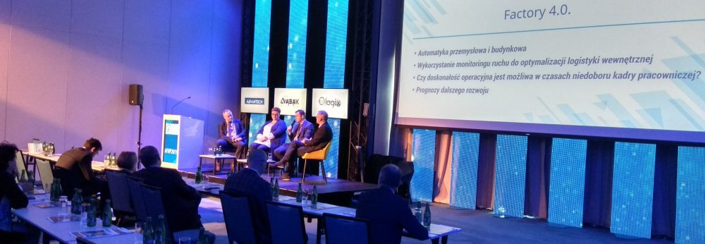 paneliści forum nowoczesnej produkcji industrytech