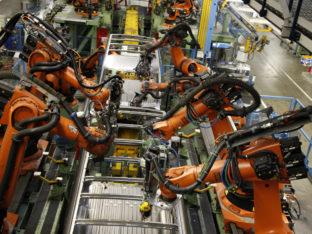 fabryka z robotami