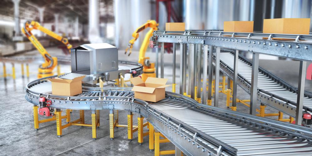 roboty przy taśmie produkcyjnej