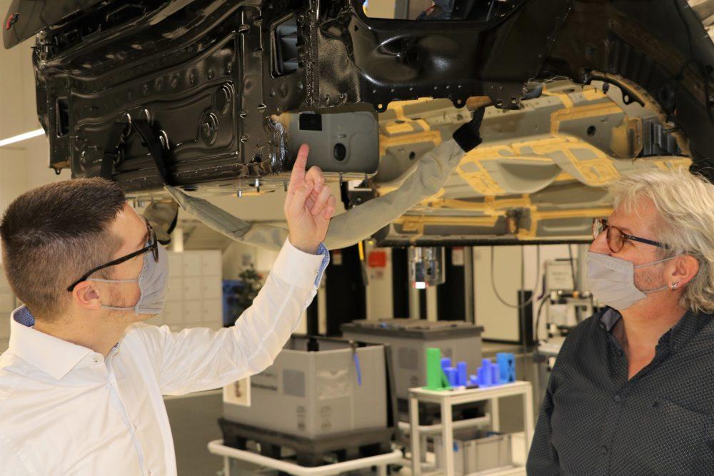 rfid w fabryce samochodów